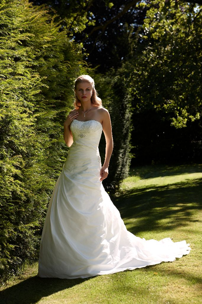 Home Bridal Gowns Corinna